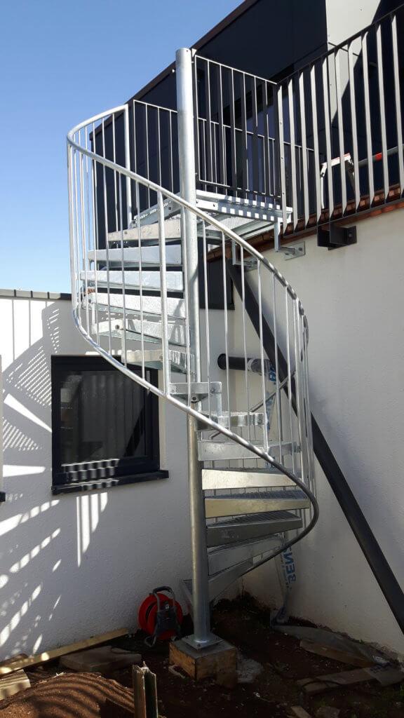 Montage Balkon Zirn Schlosserei Schad (4)