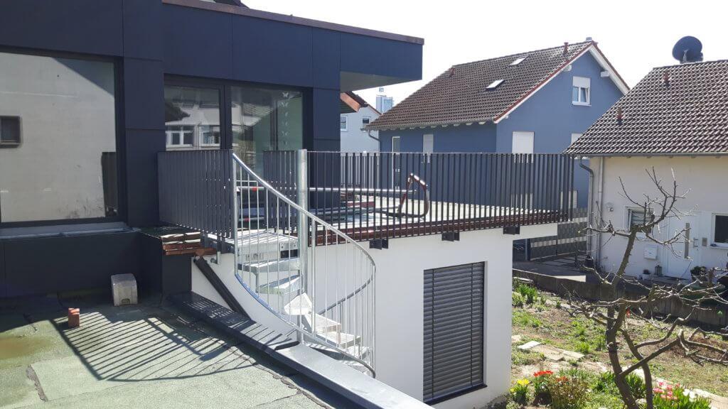 Montage Balkon Zirn Schlosserei Schad (7)